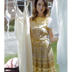 Vintage jurk met sierlijk patroon