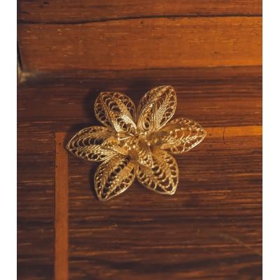 Vintage Broche bloemvorm
