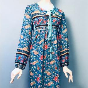 Vintage jurk (60s/70s) speels bloemenpatroon