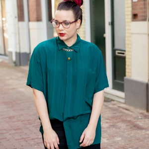 Vintage blouse 100% zijde met plooien (MT L)