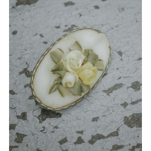 Broche met bloem