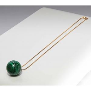 Vintage ketting met groene bolvormige hanger